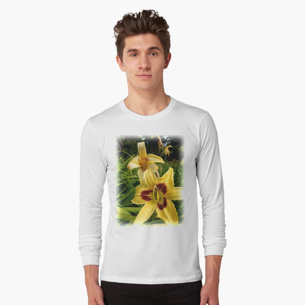 Yellow Daylily from the Gardens at Lake Merritt Long Sleeve T-Shirt