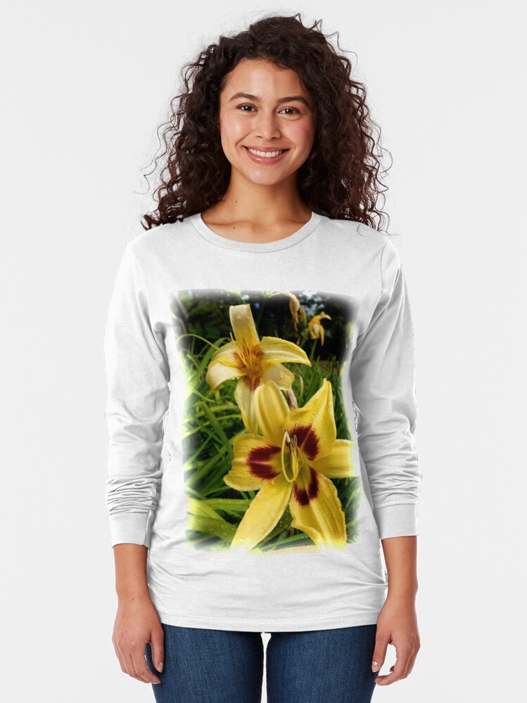 Alternate view of Yellow Daylily from the Gardens at Lake Merritt Long Sleeve T-Shirt