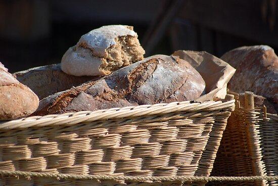 Renaissance Bread by imlayle