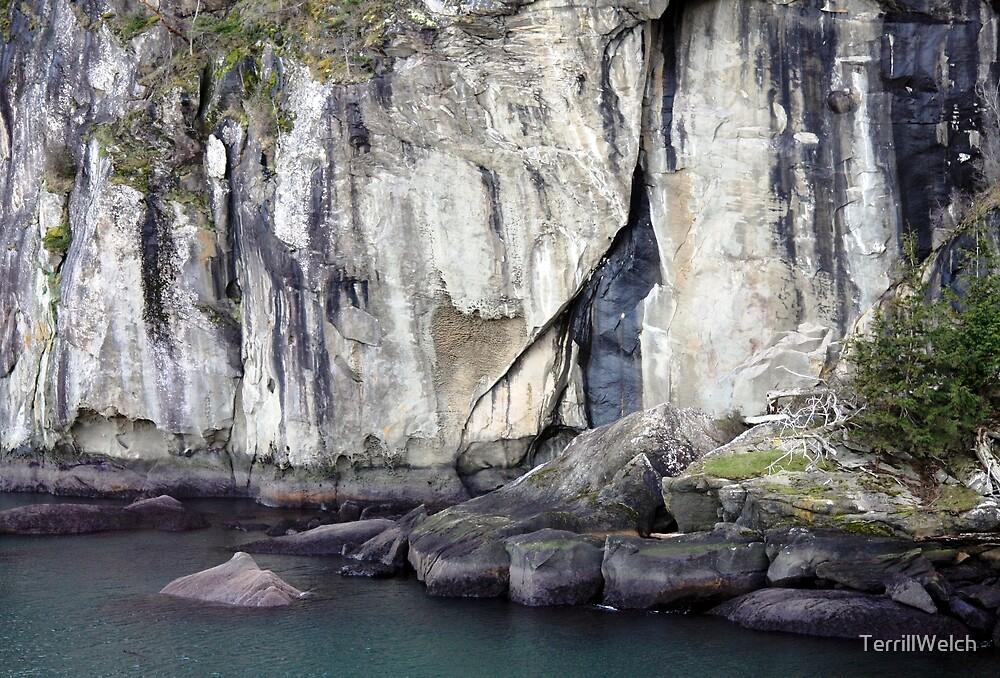 Cliff Echo Bay by TerrillWelch