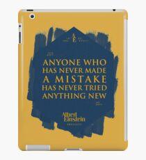 Vinilo o funda para iPad Cita de: Albert Einstein sobre errores - Camisetas, pósters, pegatinas y regalos