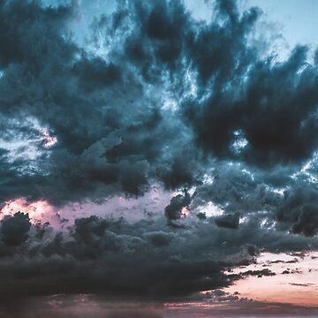 Stormy sky by fourretout