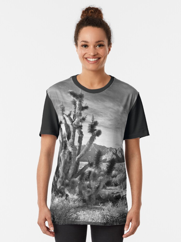 Alternate view of Joshua Tree, Red Rock Canyon National Conservation Area, Nevada Graphic T-Shirt