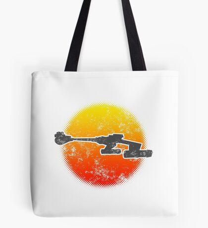 Star Empire Battle Cruiser D7 Flyby - Light Tote Bag