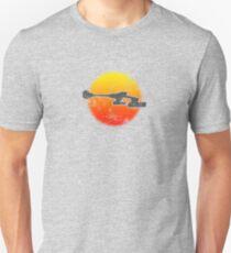 Star Empire Battle Cruiser D7 Flyby - Light T-Shirt