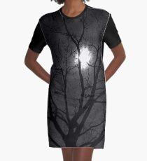 Yule Tree. Julbaum. Wintersonnenwende. T-Shirt Kleid