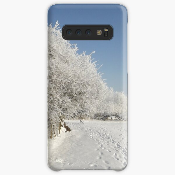 Snow on the river bank Samsung Galaxy Snap Case