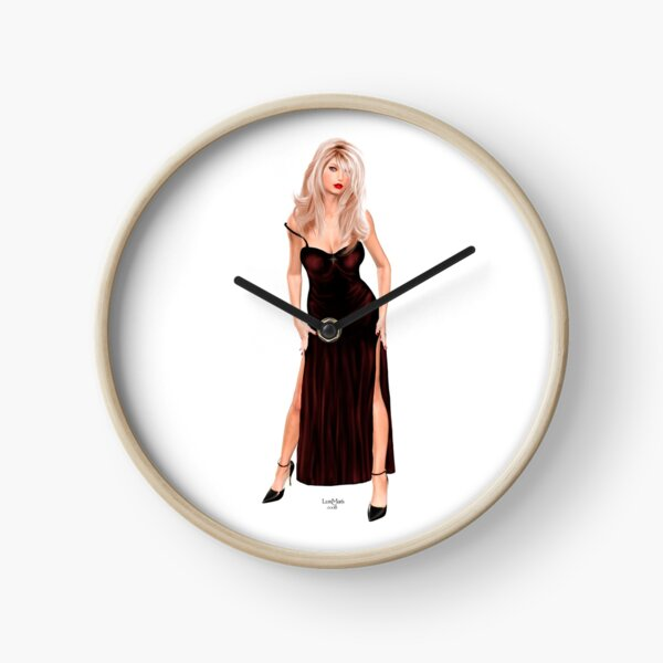 Tasha - Blondine im weinroten Samtkleid Uhr