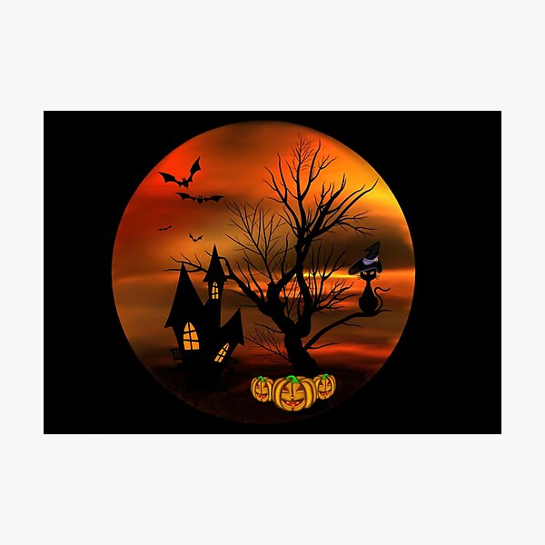 Halloween Katze mit Zauberhut in einem blattlosen Baum, leuchtende Kürbisse, Fledermäuse und eine alte Villa Fotodruck