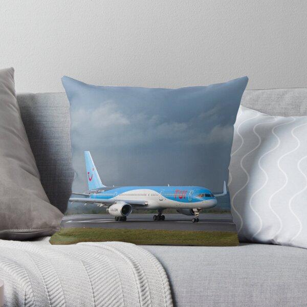 Boeing 757 - TUI Throw Pillow