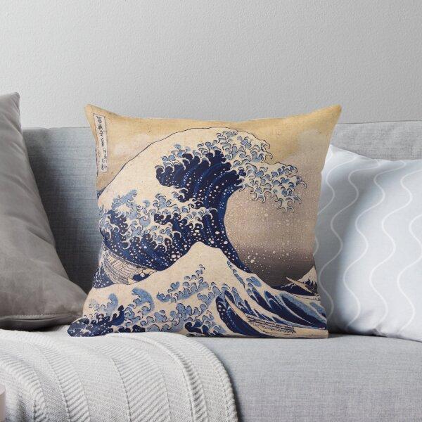La grande vague au large de Kanagawa par Katsushika Hokusai (c 1830-1833) Coussin
