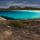 Thistle Cove - Cape Le Grand National Park by nathandobbie