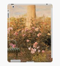 Memorial Rose Garden, Sorosis Park, The Dalles Oregon iPad Case/Skin