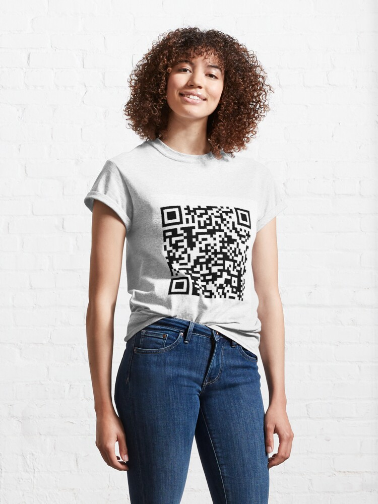 Alternate view of qr code for a free pdf of the communist manifesto by karl marx and friedrich engels Classic T-Shirt