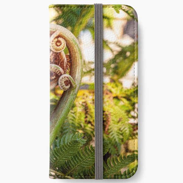 Fiddlehead iPhone Wallet