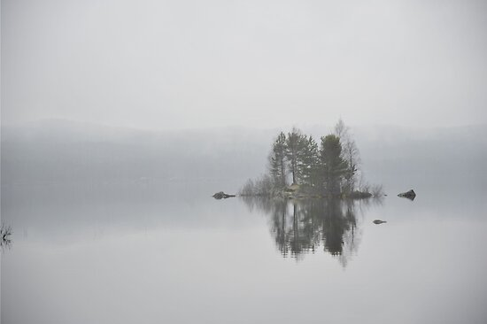 Island in mist by Bente Agerup