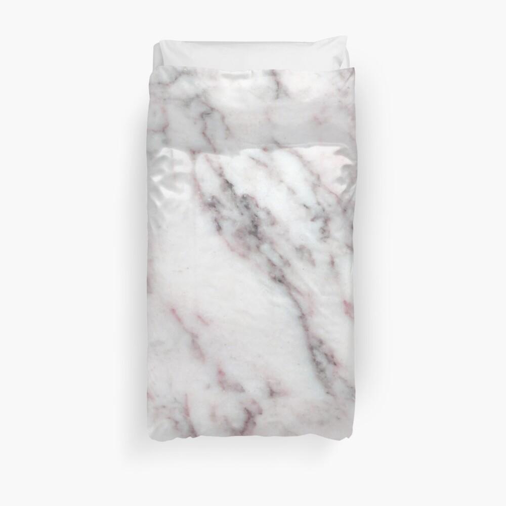 Soft Pink und Charcoal Venen auf Schlagsahne Marmor Bettbezug