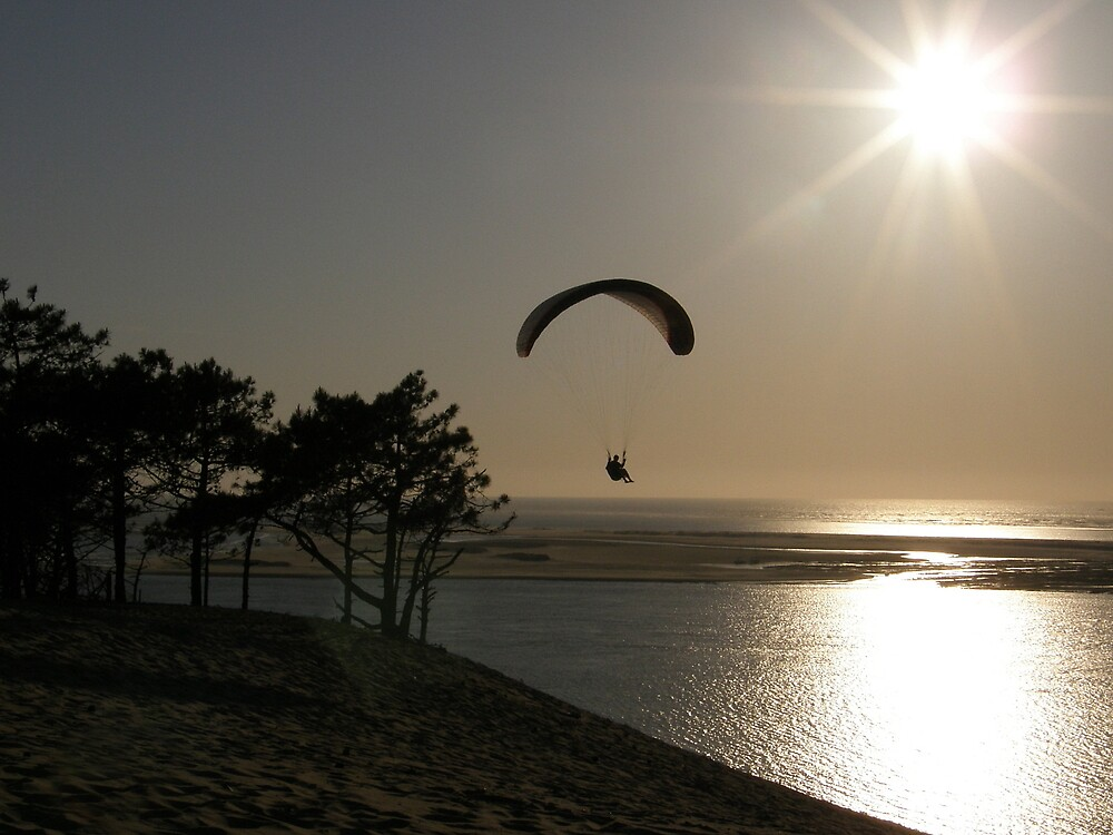 Paragliding at dune du Pyla by AmSinclair