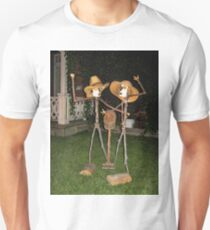 FUNNY HUMEROUS HOME MADE STATUES SERIES FOUR PICTURE -PILLOWS -TOTE BAG ECT (MY FAVORITE LOL) T-Shirt
