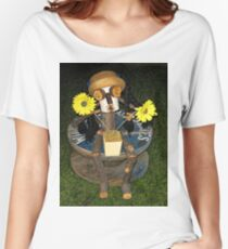 FUNNY HUMEROUS HOME MADE STATUES SERIES TWO PICTURE AND OR CARD Women's Relaxed Fit T-Shirt