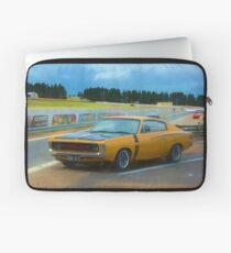 R/T E49 Charger Laptop Sleeve
