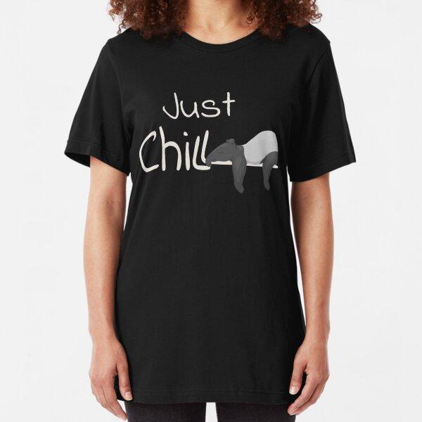 Just Chill Tapir | gechillter Schabrackentapir beim Schläfchen Geschenk Slim Fit T-Shirt
