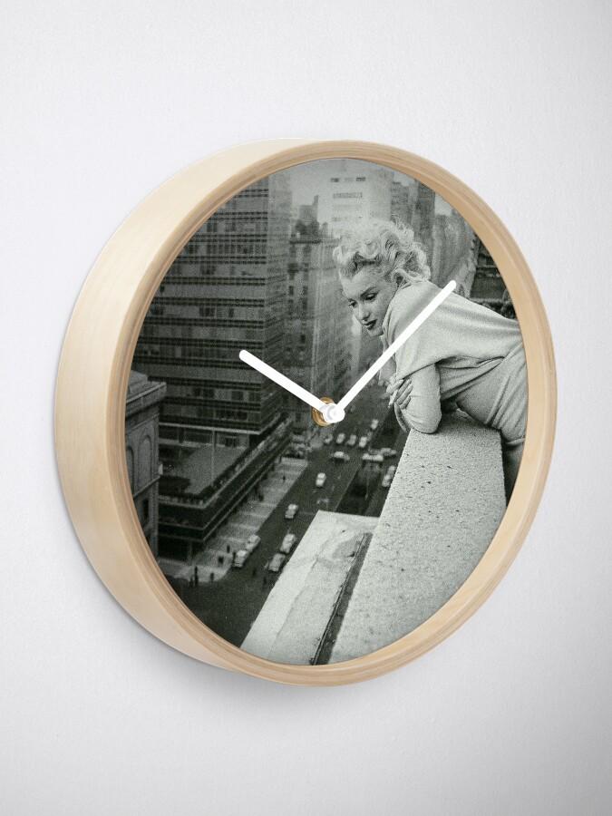 Alternate view of Marilyn Monroe overlooking New York City Clock