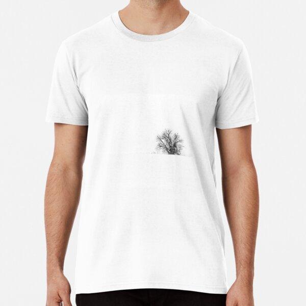 25.1.2019: Lonely Tree in Snowfall Premium T-Shirt