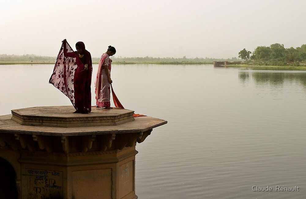 Laundry. Mathura by Claude  Renault