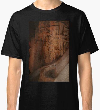 Wombyan Höhlen Classic T-Shirt