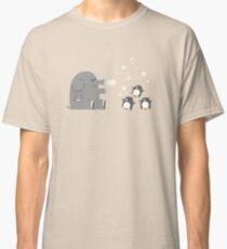 Elephants & Penguins love bubbles. Classic T-Shirt