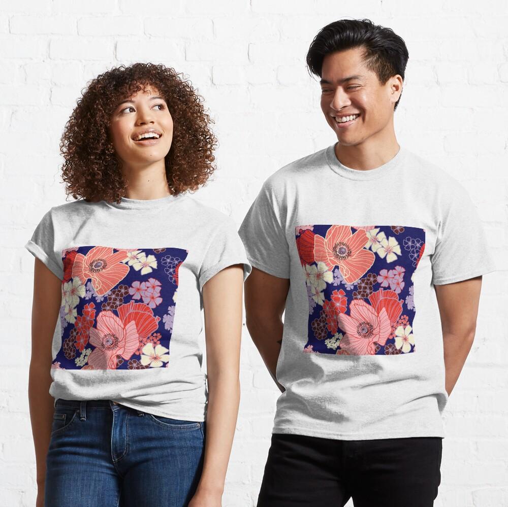 Wild Poppies pattern Classic T-Shirt