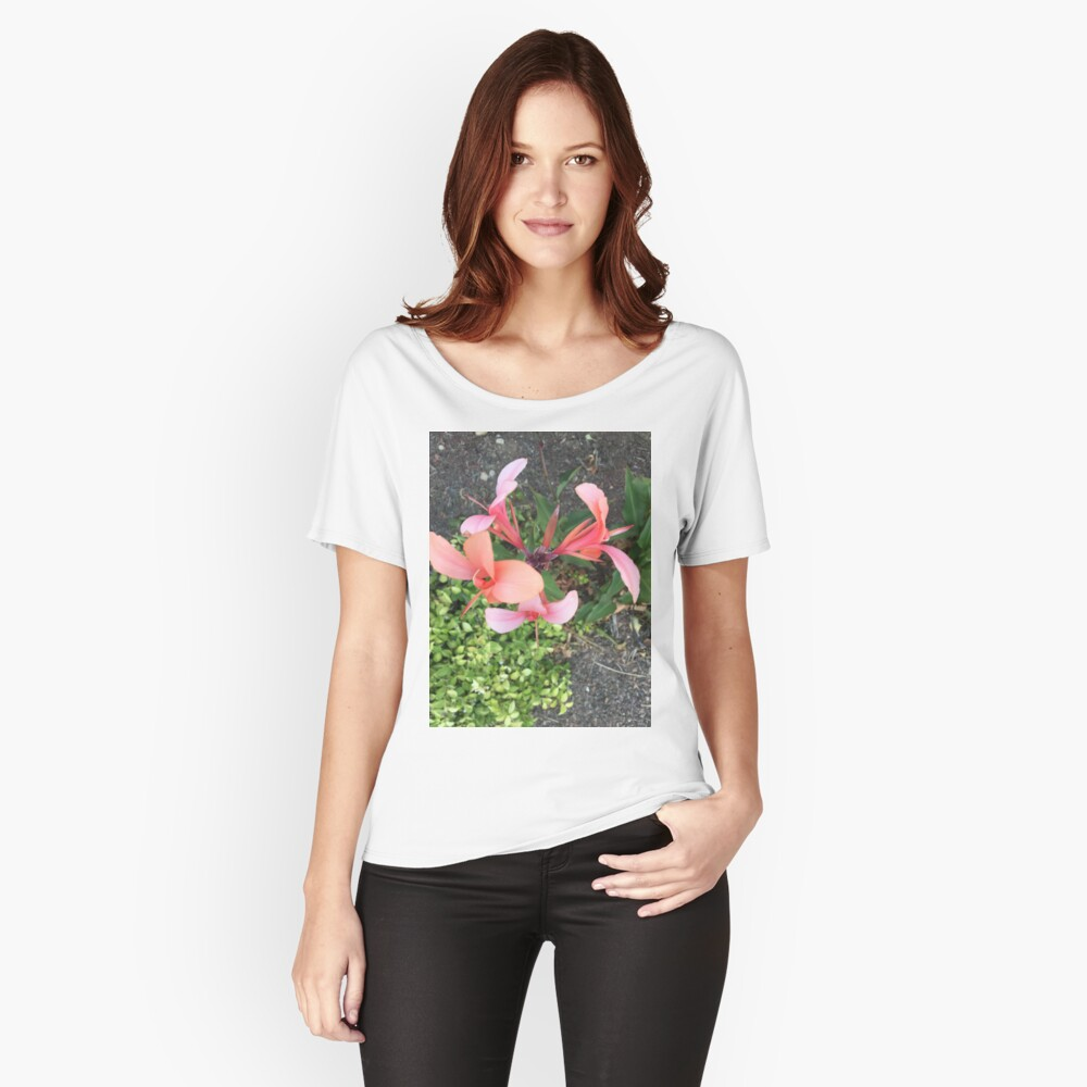 Dancing Peach Women's Relaxed Fit T-Shirt Front