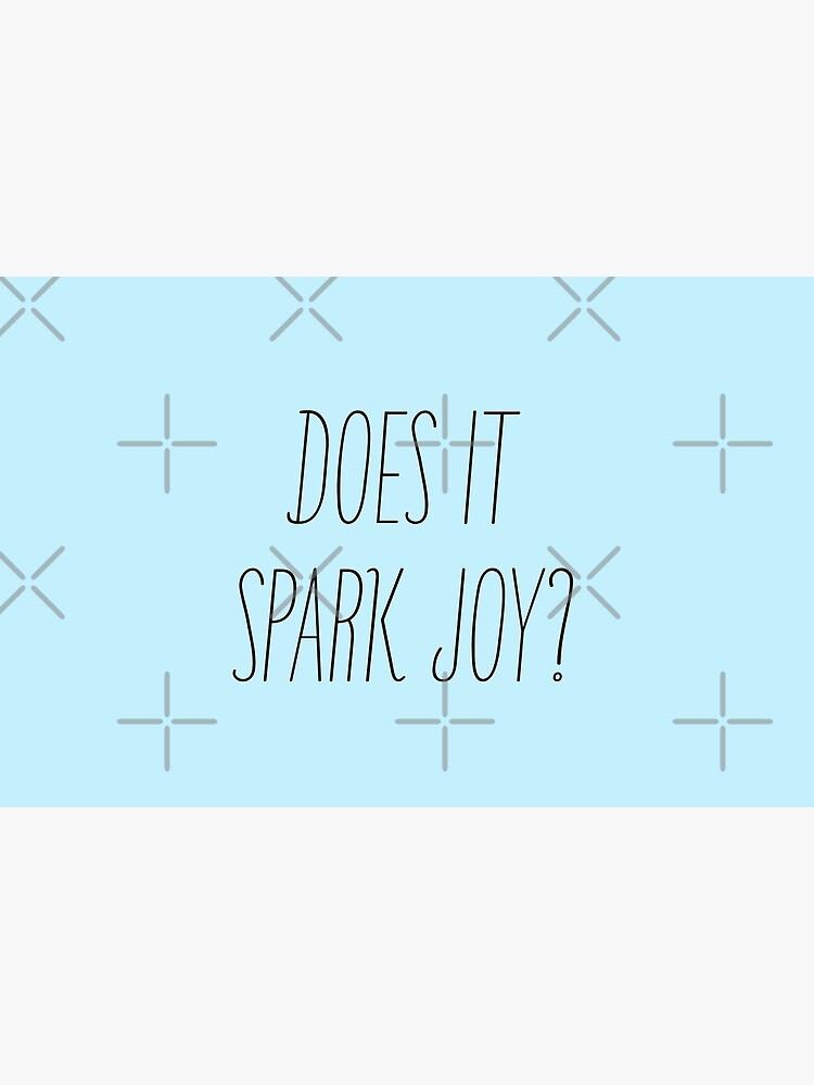 Does it spark joy? Marie Kondo by juliatleao
