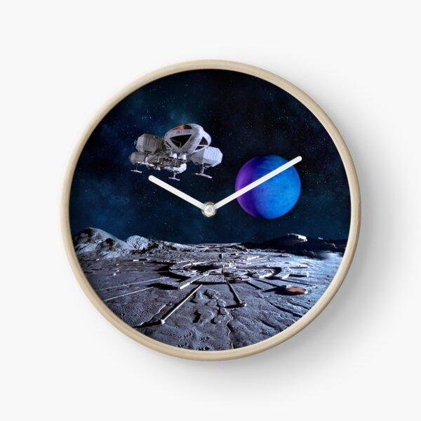 EAGLE BB OVER ALPHA WITH PLANET NO LOGO 20190131D Clock