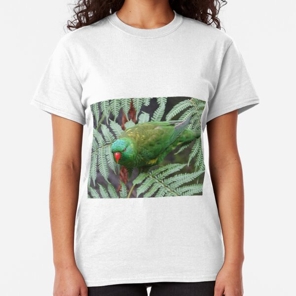 Parrot on fern Classic T-Shirt