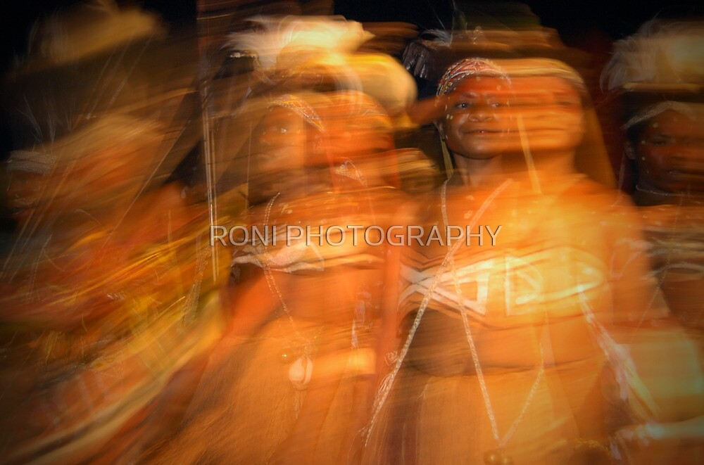 Walsan Women in Motion | Denggal Dance #1 by RONI PHOTOGRAPHY