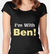 Camiseta entallada de cuello ancho Estoy con Ben Carson