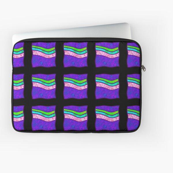 Shou Mei Waves III Laptop Sleeve