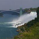 Niagara Falls by klziegler