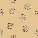 Muster aus Haselnüssen von Stefanie Keller