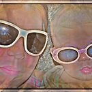 Retro Beach Babes by PhoenixArt