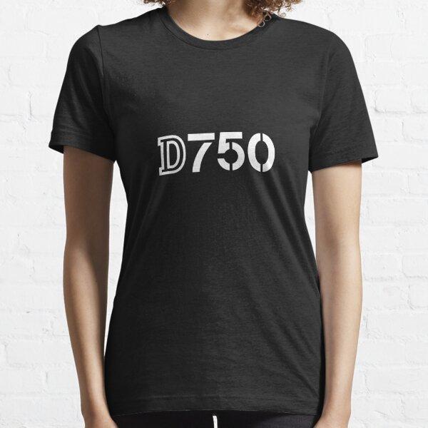 Nikon D750 Essential T-Shirt