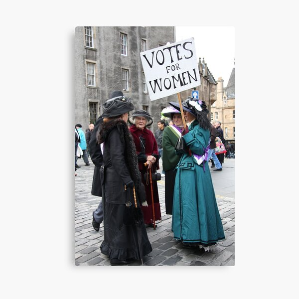 Votes for Women ! Canvas Print