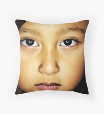 the face Throw Pillow