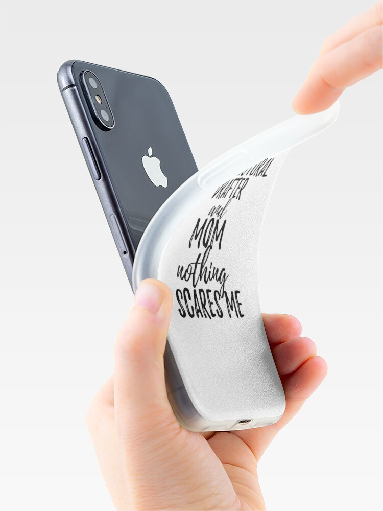 Alternative Ansicht von Architectural Drafter Mom Funny Gift Idea for Mother Gag Joke Nothing Scares Me iPhone-Hülle & Cover