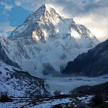 Mountain by kaijupunk