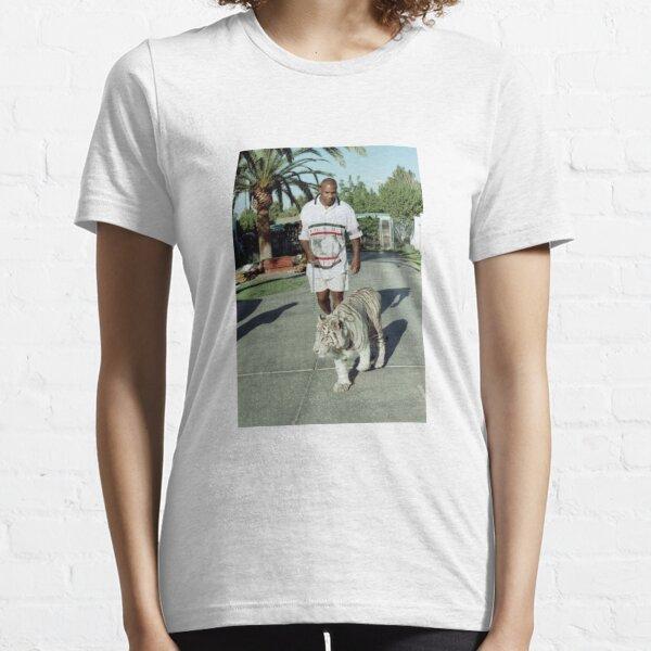 Mike Tyson promène son tigre en laisse T-shirt essentiel