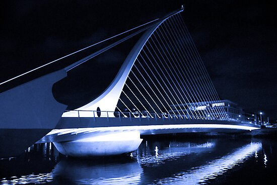 Samuel Beckett Bridge by Ferdinand Lucino