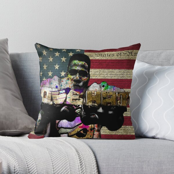 ODE TO Radio Raheem Throw Pillow